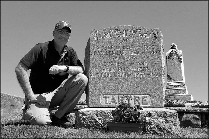 Tartre Grave, Precous Blood Cemetery